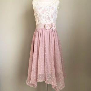 Altar'd State Lace Handkerchief Hem Dress S